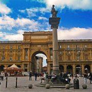 Parcheggiare vicino Piazza Della Repubblica a Firenze