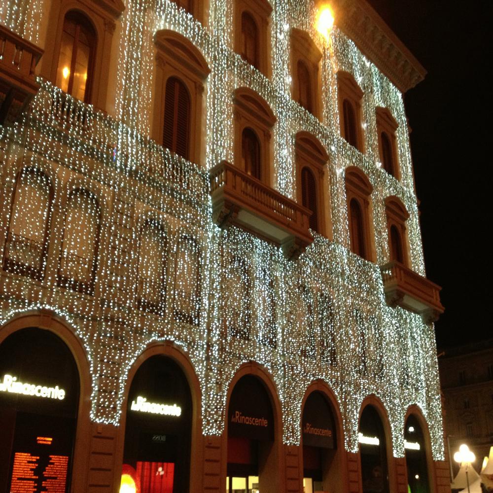 La Rinascente a Firenze addobbata per Natale