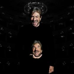 """Gigi Proietti con i suoi """"Cavalli di battaglia"""" al Teatro Verdi di Firenze"""