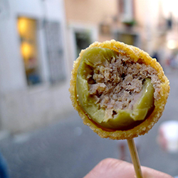 Street Food in piazza Santa Croce a Firenze