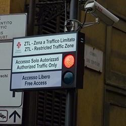 Ztl non-stop dal 1° giugno,accesso libero solo dalle 3.00 alle 7.30