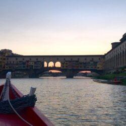 """Un giro sulla """"Barchetta di Firenze"""", dove parcheggiare."""