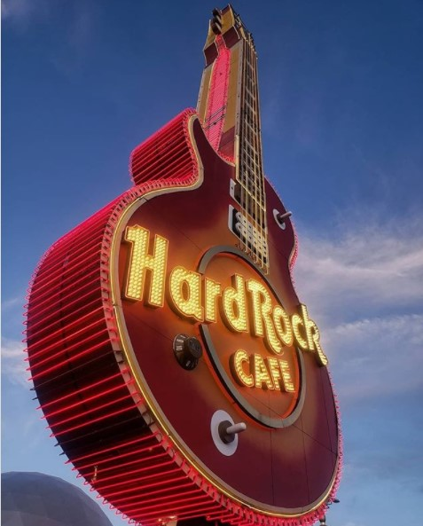 CINEMA ALL'HARD ROCK CAFE